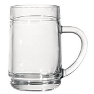Weinglas mit Henkel, Spritzer