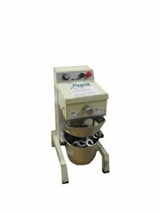 Teigknetmaschine, Tischgerät, 10 lt. Behälter, 230 V, 370 W