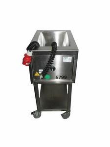 Würstelwärmer, GN 1/1 - 200, fahrbar, 400 V, 4 kW, 10 A, 16 CEE